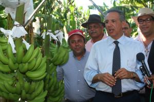 1er subtitulo Gobierno recupera La Cruz de Manzanillo_ exporta 8 mil cajas banano y plátano