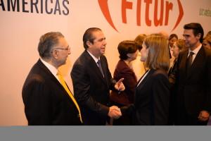 Francisco Javier García saluda a la reina de España, Letizia Ortiz Rocasolano.