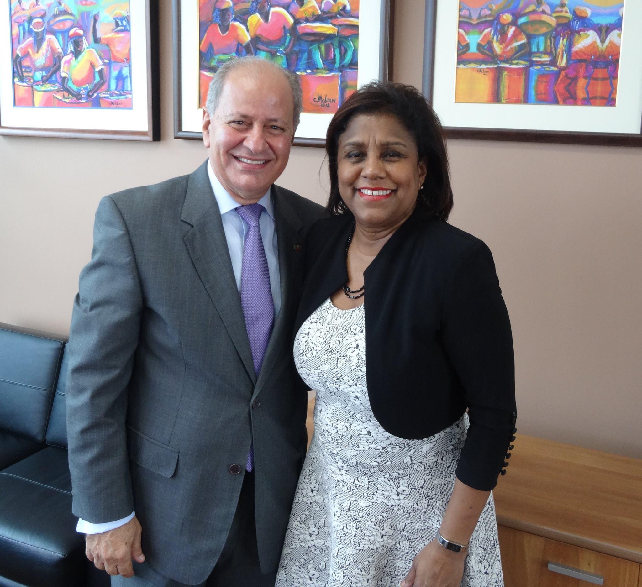 Paula Gopee-Scoon y Embajador  Jose Serulle Ramia