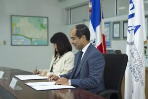 José Armando Tavárez y Jacqueline Ramos