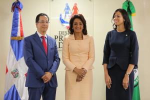 Primera Dama convenio UTESA