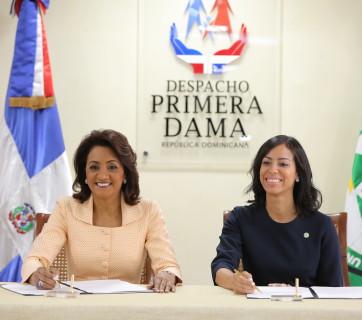 UTESA convenio Primera Dama