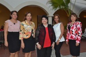 Artemisa Valoy, Carmen Domínguez, Zaidy Zouain, Amarilis Pagan y Fior de Ranucoli.