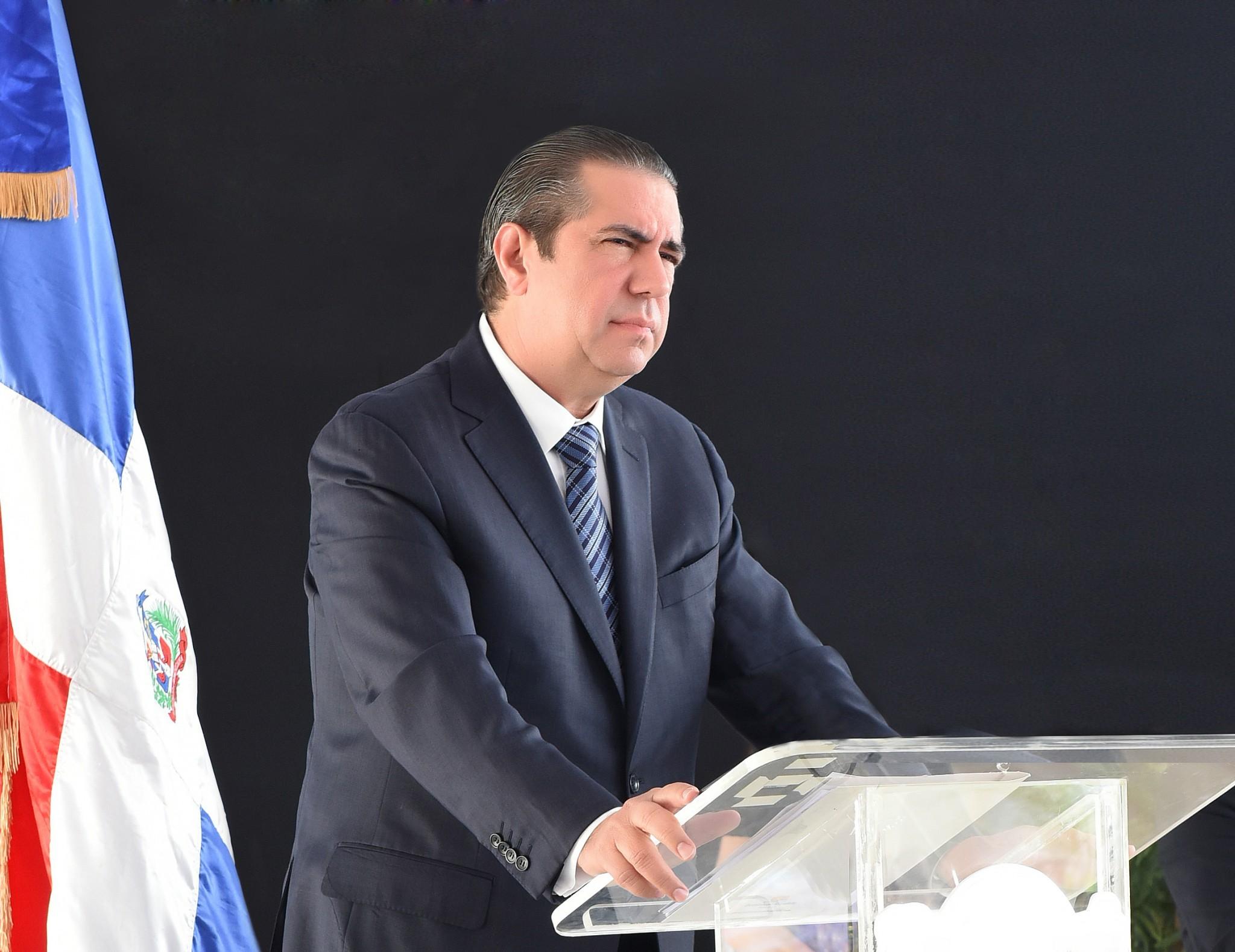 Ministro de Turismo Francisco Javier García