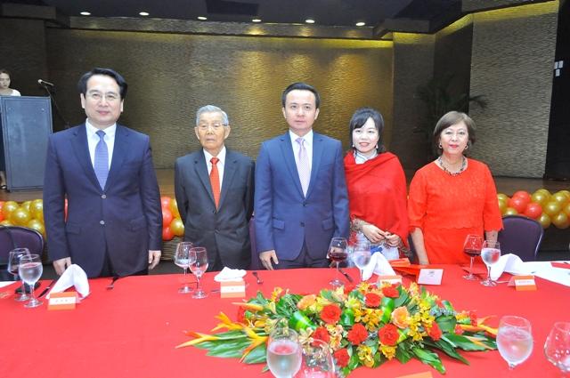 Tan Tianxing, Suking Fung, Zhang Run, Niyan Duan y Rosa Ng.