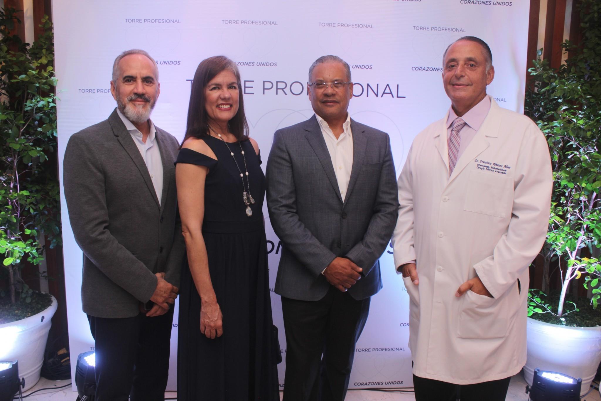 Dr. Jose Luis Peña, Dra. Violeta Carretero, Ing. Cesar Molina y Dr. Francisco Alvarez