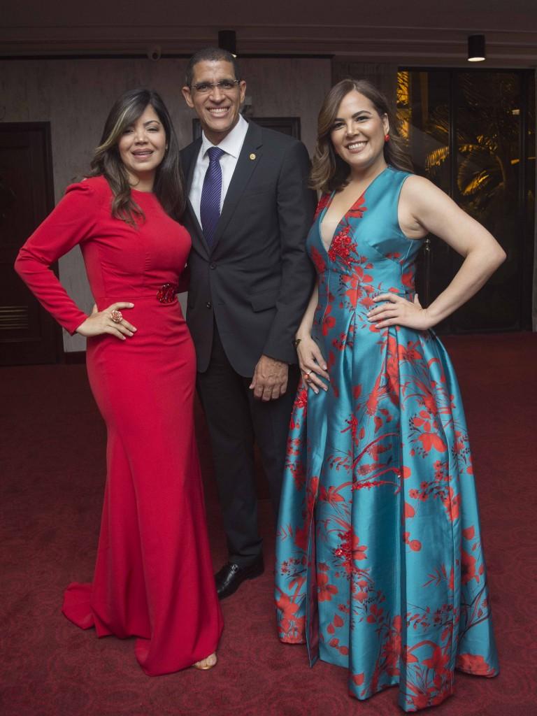 Olivetta Rodríguez, Pablo de la Rosa y Lorenza Bencosme.