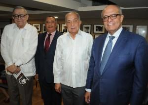 Pedro Delgado Malagon, Jose Miguel Gomez, Tito Delgado y Jose Silie Ruiz.