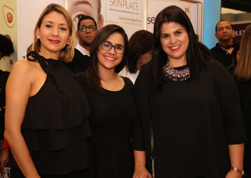 Hazel Otero, Daniela Castillo y Paola Fabián