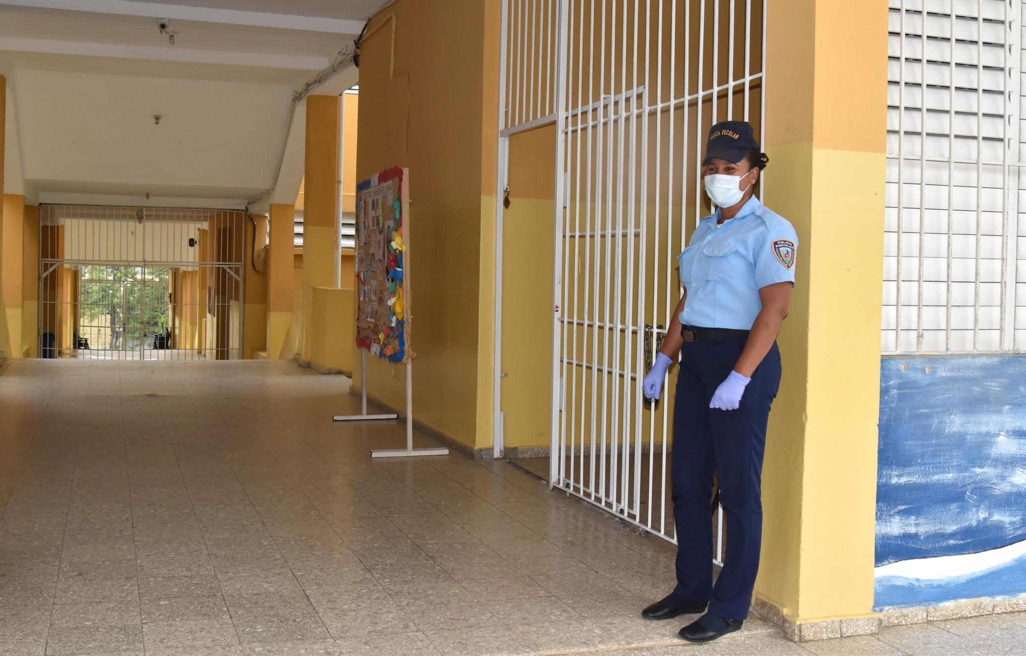 Policía Escolar MINERD